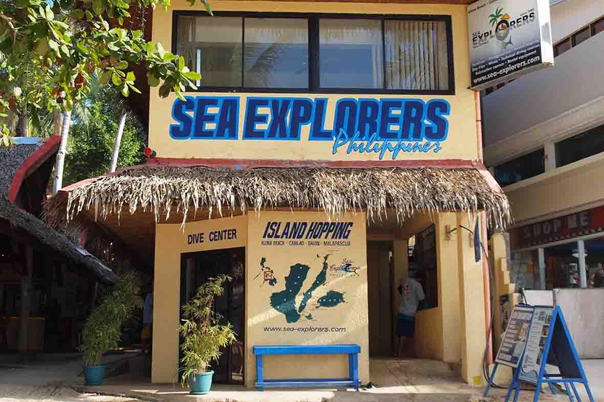 Sea Explorers Alona Beach