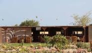 Hamata Kite-Village-Camp, Restaurant mit Kitern im Hintergrund