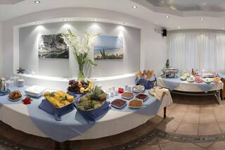 Hotel Naxos Beach I Frühstücksbuffet