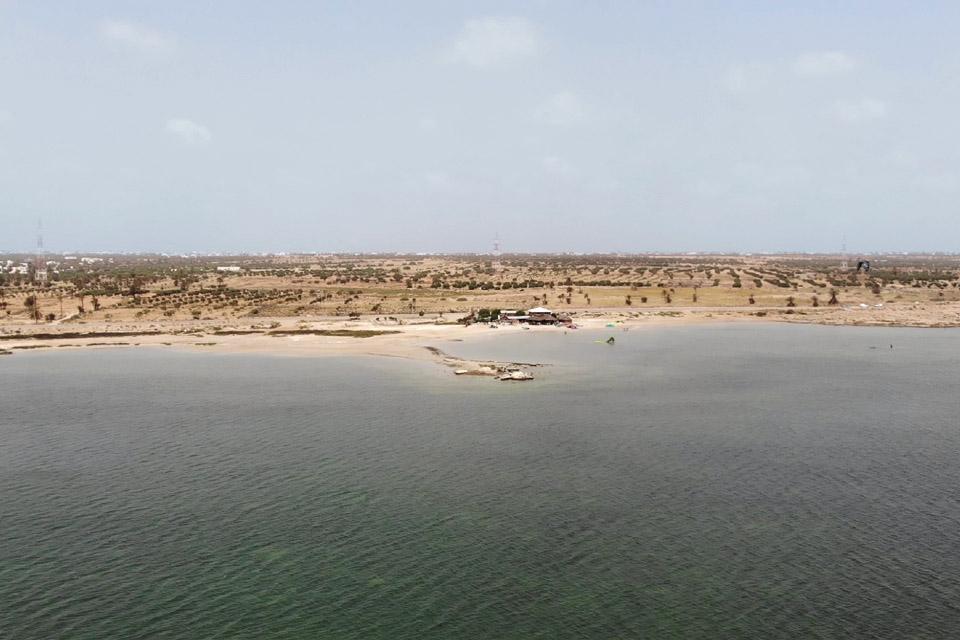 Djerba - Kitelagune, Blick zur Station