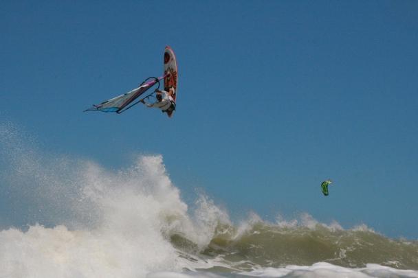 Sao Miguel de Gostoso, Dr. Wind, Surfaction