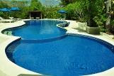 Flores Puri Sari, Pool