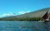 <div><strong>Blick auf das Alam Anda vom Wasser aus</strong></div>