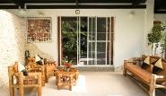 Cebu - Dolphin House, Deluxe Bungalow, Terrasse