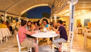 Naxos - Aloha Camp, Abendessen im Beach Cafe