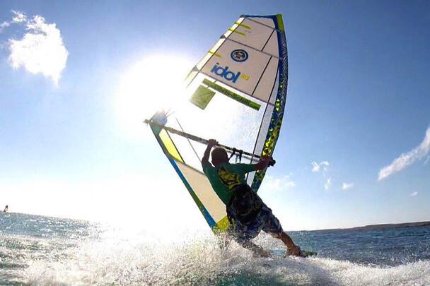 Karpathos - Pro Center Chris Schill - Paradise Bay, Action2