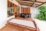 Malediven Angaga Island Resort Beach Bungalow Terrasse