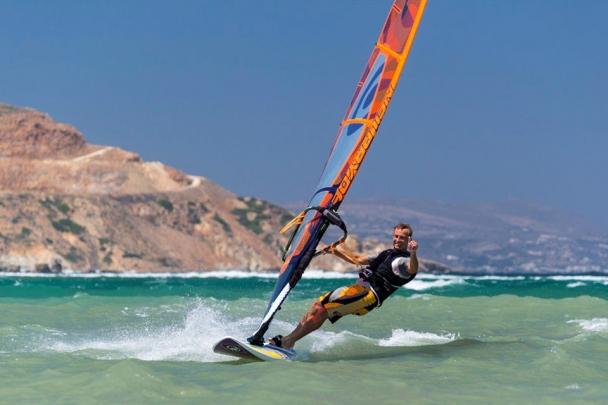 Naxos - Flisvos Surf Action (Lagune)