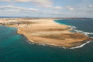 Sal - Santa Maria und Ponta Leme (links) und Kitebeach (rechts)