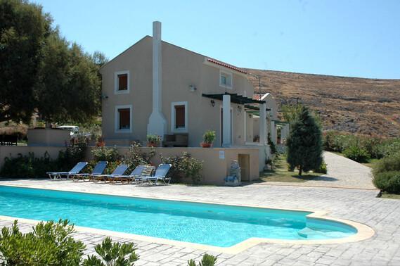 Lesbos - Sigrion Villas, Pool