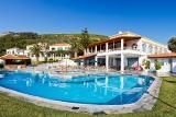 Samos - Hotel Arion, Hauptgebäude mit Pool