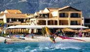 Lefkada - Windsurf Action am Club Vass Hotel
