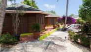 Tobago - Shepherd`s Inn, Bungalows Pool