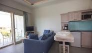 Karpathos - Thalassa Suites, Appartement Küche und Wohnraum