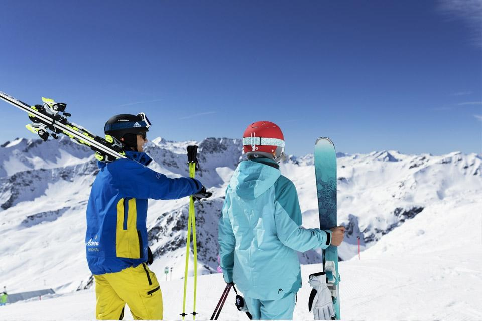 Arosa - ROBINSON Club, Ski Alpin bei Sonnenschein