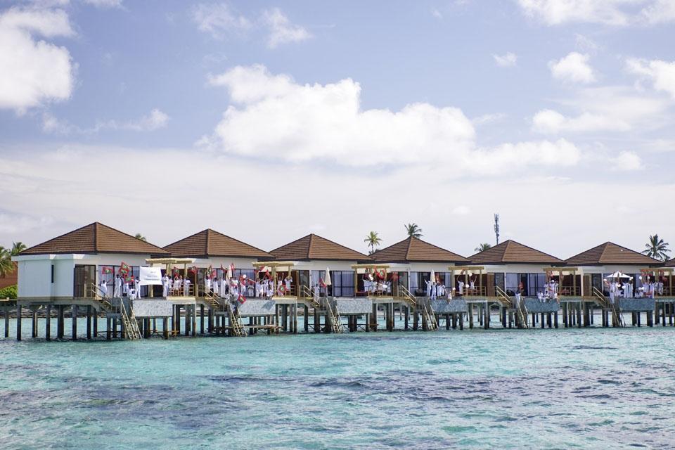 Malediven - ROBINSON Club Maldives, Wasserbungalows Außenansicht
