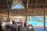 Sunshine Marine Lodge - Restaurant am Pool