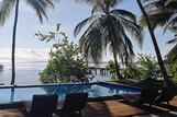 Molukken   Sali Bay, Pool