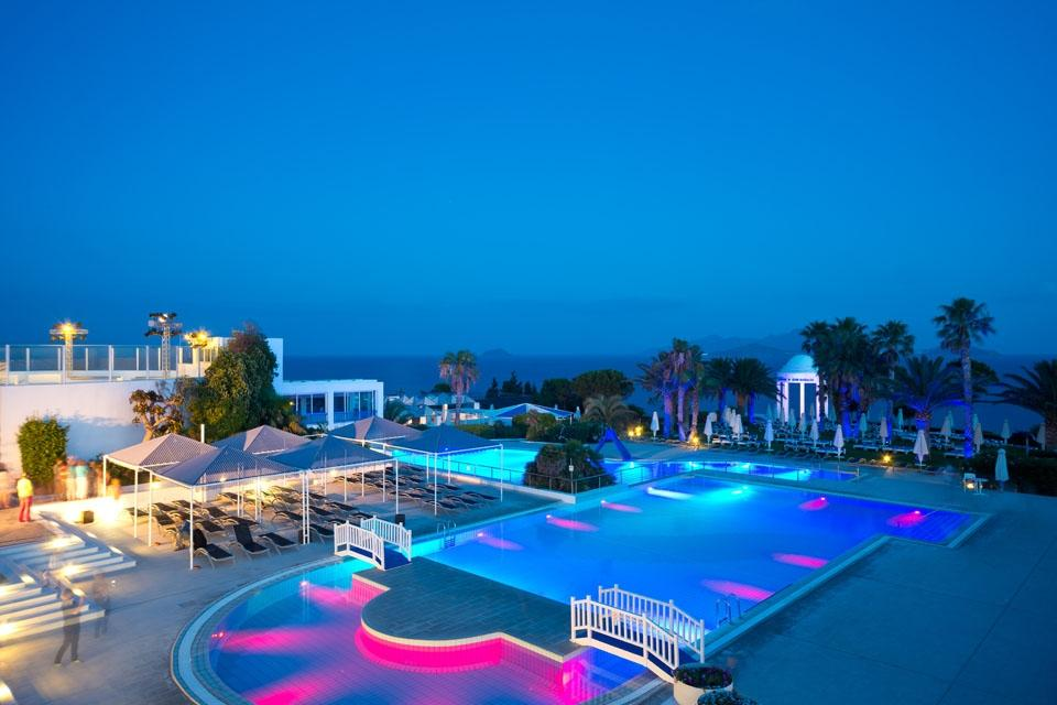 Kos - ROBINSON Club Daidalos, Pool by night