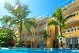 Cabarete, Villa Taina, Aussenansicht mit Karibikfeeling