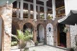 Mangga Lodge, Innenhof