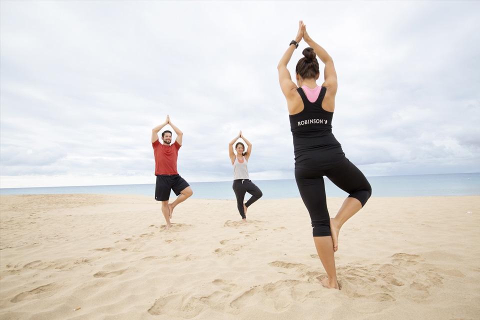 Fuerteventura - ROBINSON Club Jandia Playa, Yoga am Strand