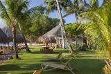 Negros -  Pura Vida, Garten mit Strand