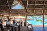 Zanzibar - Sunshine Marine Lodge, Restaurant am Pool