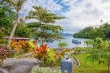 Thalassa Dive Resort Lembeh, Garten mit Blick aufs Meer