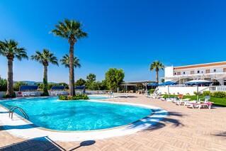 Rhodos Theologos - Sabina Hotel,   Poolbereich