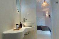 Naxos Flisvos Studios & Appartements, Bad mit Blick Schlafzimmer