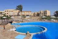 El Naaba, Three Corners Equinox, Poolbereich