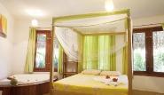 Parajuru - Casa Liane, Schlafzimmer mit Badewanne