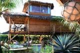 Barra Grande, Sea Front Deluxe Bungalow mit Jacuzzi im Garten