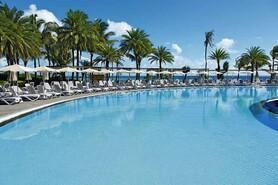 Mauritius - Le Morne - RIU Creole, Pool mit Meerblick