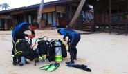 Kalimantan - Derawan Dive Lodge, Strand