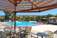 Sigri - Lesbos - Orama Hotel, Pool mit Bar