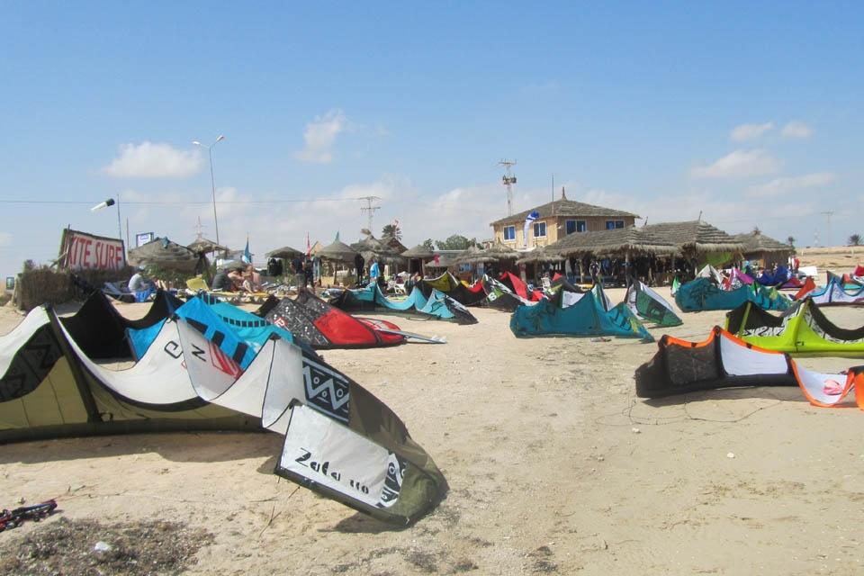 Djerba, Les Dauphins KiteCenter, Material vor Station