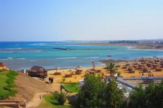 El Naaba - Blick vom Equinox Hotel zum Windsurf und Kitesurf Hauptspot