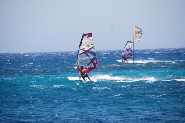 Mykonos - 3W Surf Pezi Huber Action