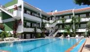 Rhodos Trianda, Terinikos, Aussenansicht mit Pool