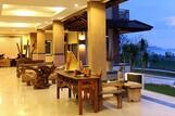 Flores - Jayakarta Suites Komodo Flores Hotel, Hotelhalle