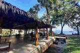 Indonesien - Nordulawesi - Murex Manado - Blick vom Restaurant auf das Meer