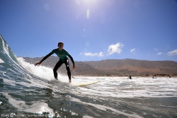 Surf Lanzarote Wellenreiten im Surfcamp Costa Teguise