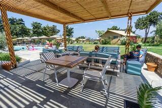 Rhodos Theologos - 'LOGOS Beach Village, Chill Out Bereich
