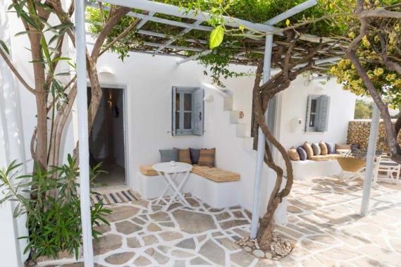 Naxos Flisvos Studios & Appartements, Aussenansicht Terrassen