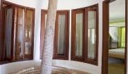 Prajuru - Casa Liane, Palme im Haus