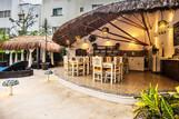 The Bric Hotel , Restaurant