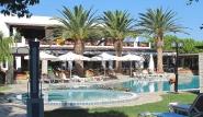Kos Marmari Palladium, Pool mit Blick auf die Terrasse