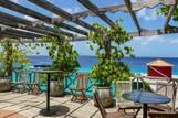 Bonaire - Captain Don's Habitat, Bar am Meer